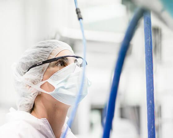 Operaria de 3D Biopharmaceuticals, de Grupo Cinfa
