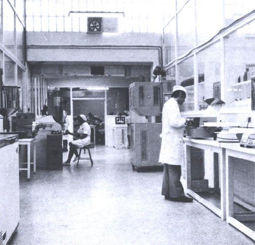 Laboratorio farmacéutico de Cinfa en 1969